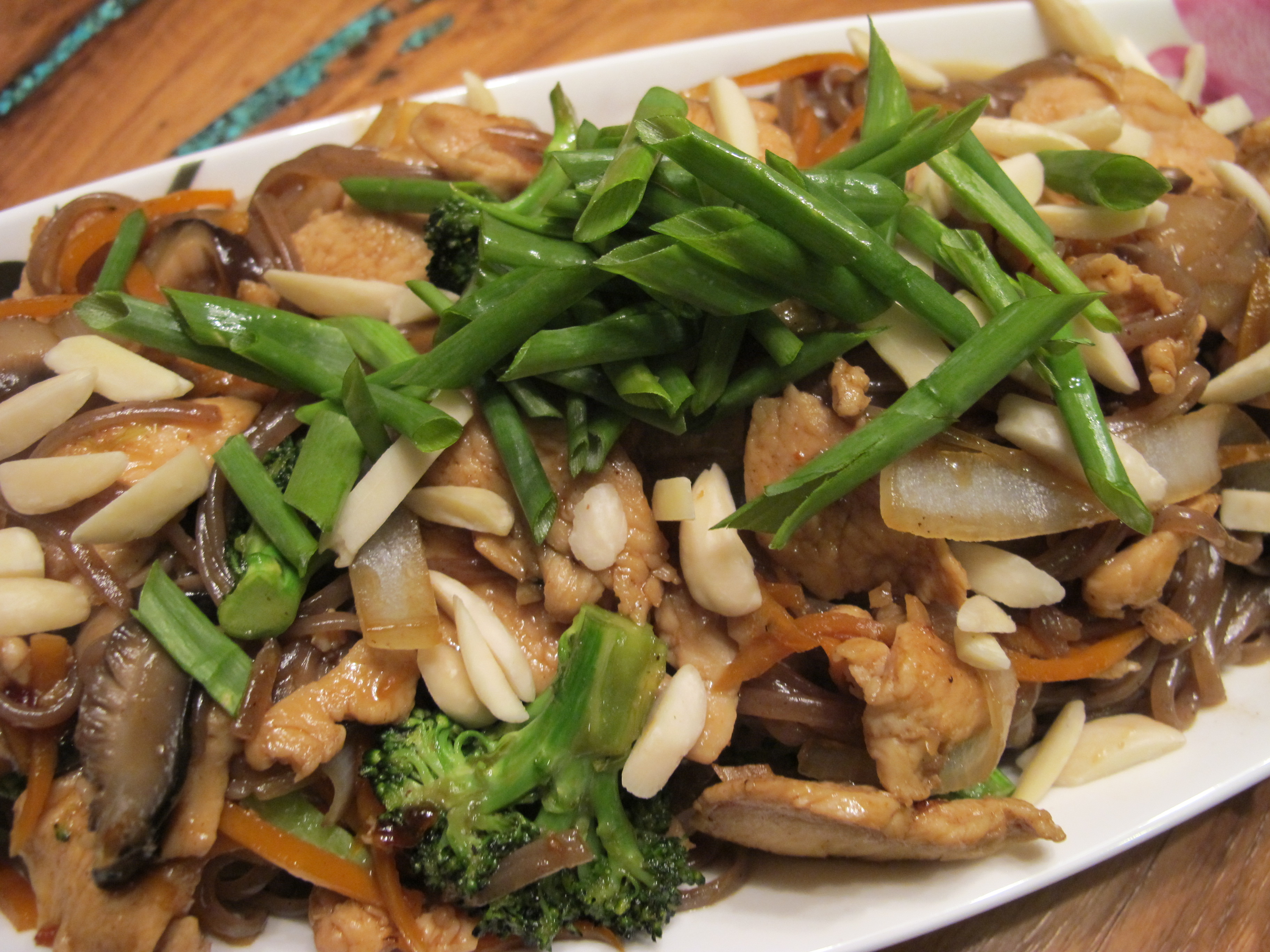 Chicken and Broccoli Stir Fry with Slivered Almonds and Green Onion on ...